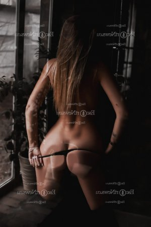 Keltoum tantra massage in Parole MD